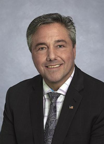 Bruce Hilton
